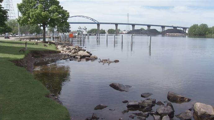 Record High Water Levels on Bay of Green Bay